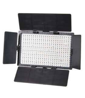 Set Lămpi cu LED Falcon Eyes cu reglarea intensităţii DV-384CT-K2 incluzând baterie