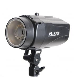 Blitz de Studio Falcon Eyes SS-150D