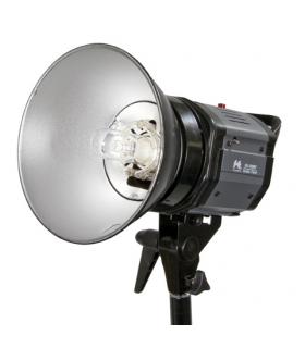Blitz de Studio Falcon Eyes GN-150MV